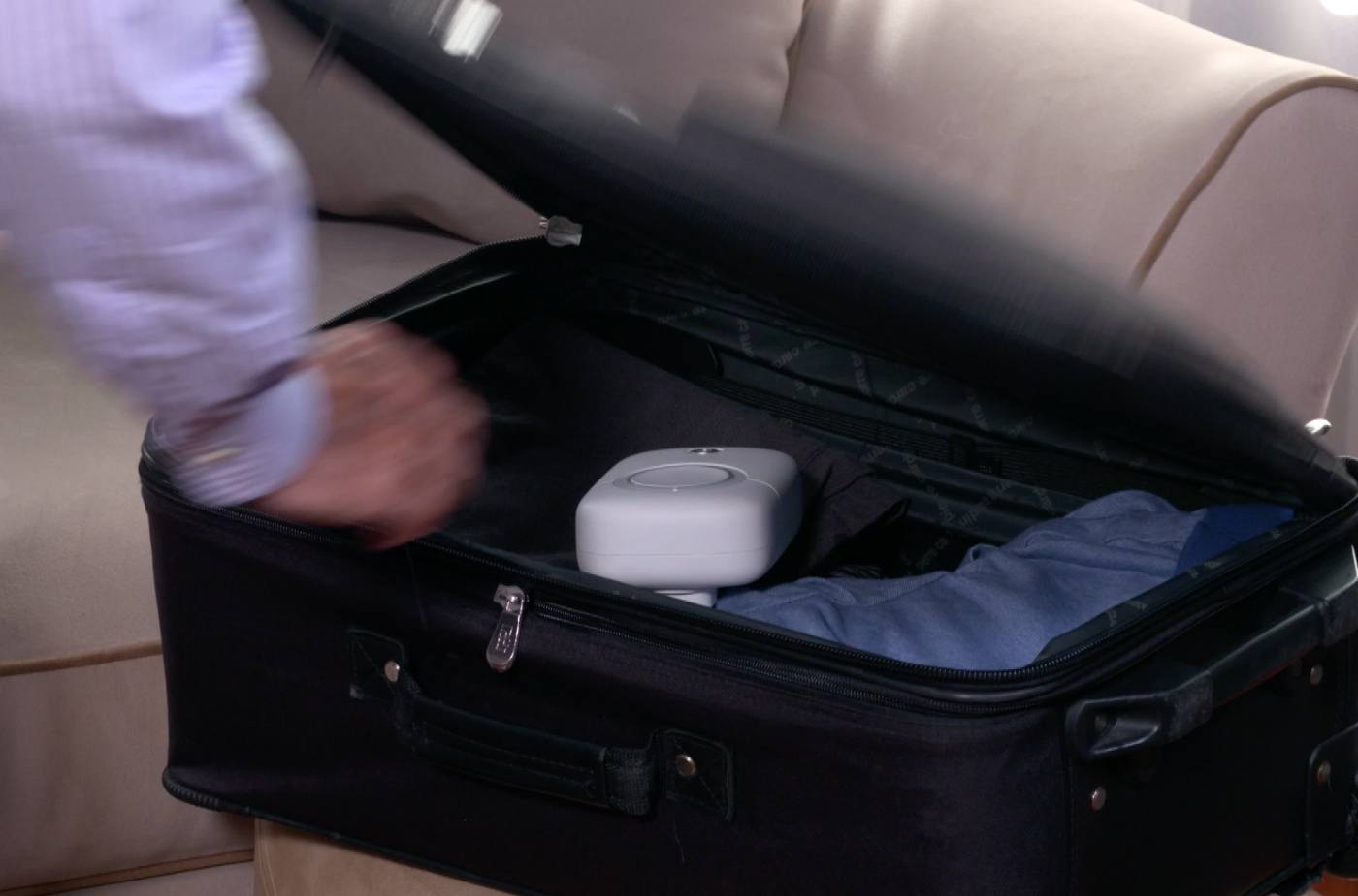 Compact and portable – fits in a suitcase easily